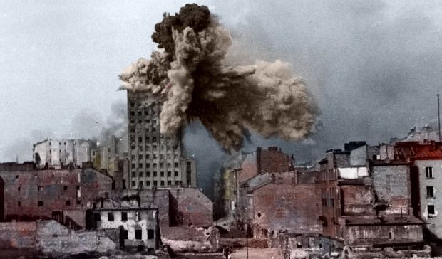 Most Famous Warsaw Uprising Photos – Prudential