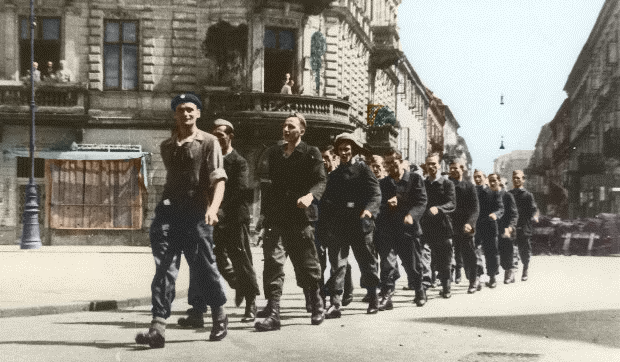 Most Famous Warsaw Uprising Photos – The Insurgents Parade